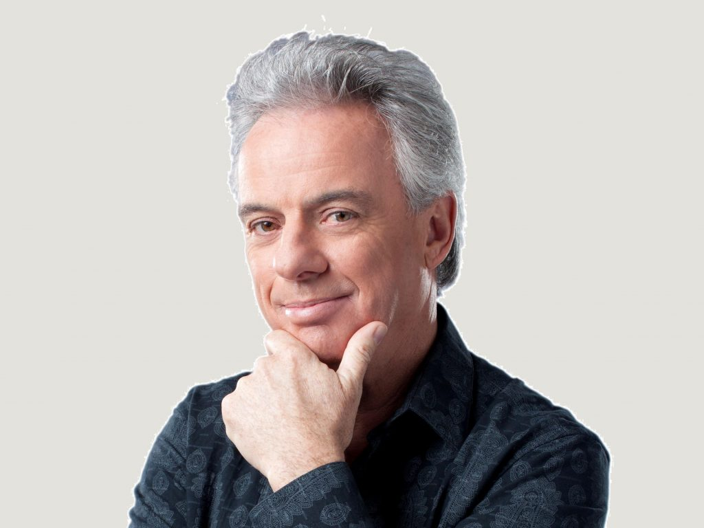 Headshot of Bob McDonald host of CBC's Quirks and Quarks