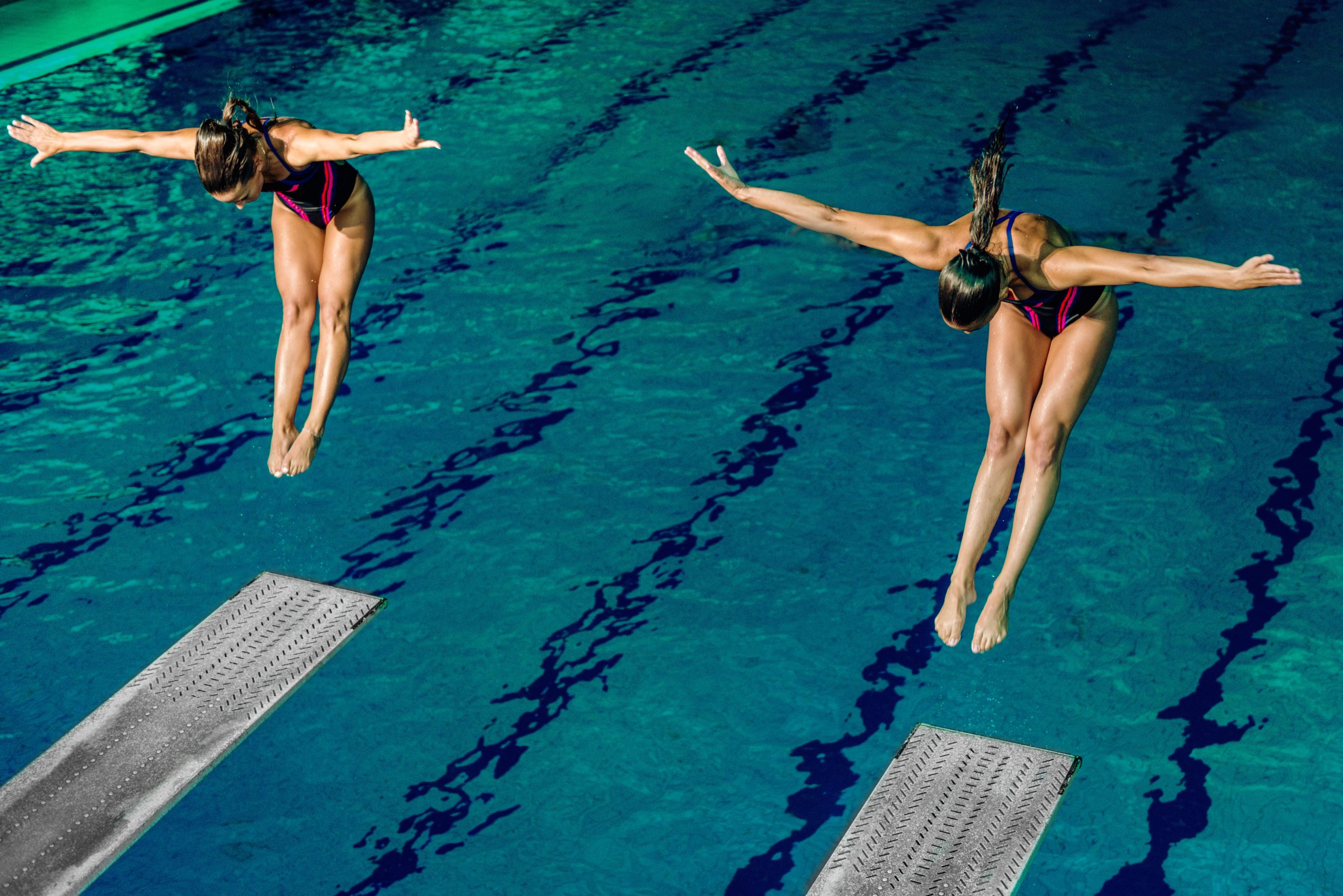 Two female divers on training or on competition.
